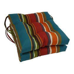 Blazing Needles - Blazing Needles 16x16-inch Squared Outdoor Spun Polyester Chair Cushions (Set of - Add a touch of style and comfort to your Outdoor Furnishings with the Blazing Needles Set of two 16x16-inch Squared Outdoor Chair Cushions,featuring a classic tufted cushion style and fifteen varieties of patterned outdoor fabric.