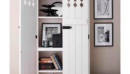 9 Beautiful Bookcase Makeovers