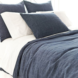 Pine Cone Hill - Pine Cone Hill Chambray Linen Ink Duvet Cover - Pine Cone Hill Chambray Linen Ink Duvet CoverKeep it pure and simple with Pine Cone Hill's Chambray Linen Ink Duvet Cover. Crafted from fine linen fabric, this classic duvet cover has a clean look that you can pair with prints or neutrals. It's saturated in a charcoal-blue hue that feels moody and bold. Use it as a striking touch in an eclectic space, a transitional living room, or a contemporary bedroom.Hidden-button closureAvailable in three sizes