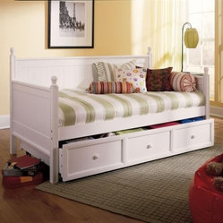 Casey Daybed - Honey Maple