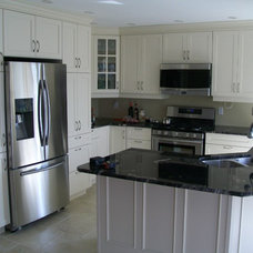 Traditional Kitchen Cabinetry by atdesigns