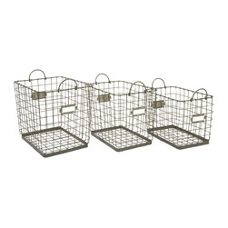 Newbury Wire Baskets - Set of 3 - There are a few ways to use wire baskets around the house, but in our opinion, nothing's more delightful than placing them in a period bathroom for a bit of vintage-rustic flair. Store rolled up towels, tall bottles, and other loose bath items in this set of three wire baskets, and marvel at the versatility and strength of each wire piece. These baskets can even be used as extra laundry hampers when guests are in town, so they're beautiful and functional, to boot.