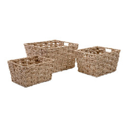 iMax - Veronia Baskets, Set of 3 - These handy, rustic baskets weave their magic with a sturdy combination of corn and iron.