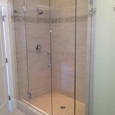Contemporary Showerheads And Body Sprays by Alto Glass