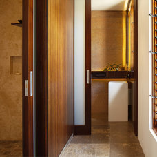 Asian  by Suzanne Hunt Architect