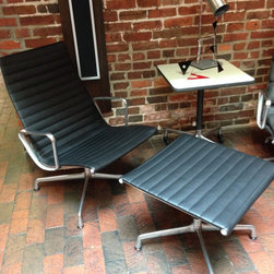 Eames Aluminum Group Lounge and Ottoman, Black Leather -
