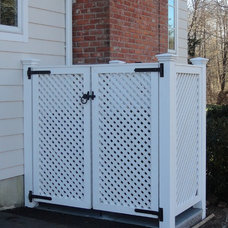 Fencing by West Hartford Fence Co., LLC