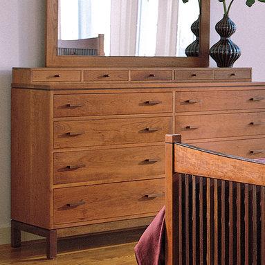 Stickley Dresser Deck 7718 -