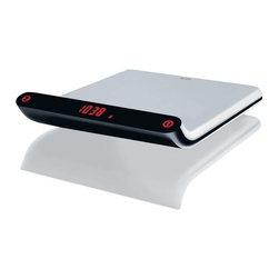 Alessi - Alessi Electronic Kitchen Scale - Tip the scales toward culinary greatness with this electronic kitchen scale. The exterior is made of sleek, high-grade stainless steel on a body that curves to show the digital weight. It's perfect for those watching their weight, or bakers who demand precision.