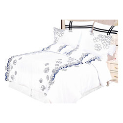 Bed Linens - Samantha 7-Piece Duvet Cover Set, King - Impressions Collection, Samantha Duvet Cover Set brings a casual elegance to your bedroom's decor. A landscape of shamrocks add a touch of modern sophistication on a smooth white background present a refreshing appeal to any bedroom.