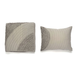 3-Pc. Refreshing Spring Quilt & Sham in Gray - Instantly add a brilliant splash of design to your bedroom. Inspired by nature, this hand-crafted quilt and sham set will provide an eye-catching accent for your bedroom. Machine washable and dryable, this set comes complete with a quilt and two matching pillow shams with detailed stitching.
