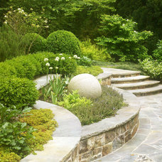 Traditional Landscape by Bellwether Landscape Architects