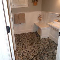 Traditional Bathroom by HC Design