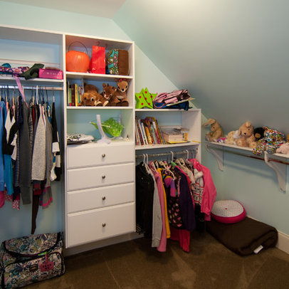 Knee Wall Closet Ideas submited images Pic2Fly