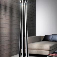 Modern Floor Lamps by Topdomus by Elettromarket illuminazione