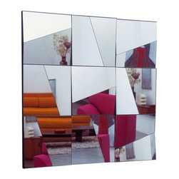 Stati D Animo Mirror by Tonelli - Concave and convex sections to create a host of different combinations. The simple yet captivating design concentrates on plain beauty and contemporary style. The elegant design concentrates on a concoction of simplicity style and glamour. Thickness: 4 mm