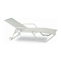 Kettal Gacela Stacking Lounger With wheels - An all white outdoor chair is always a summer classic.
