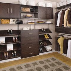 modern closet by freedomRail