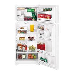 GE - GE 18.2 Cu. Ft. Top Freezer Refrigerator with Icemaker - Features: