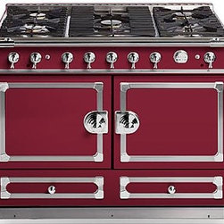 La Cornue Burgundy CornuFé 110 - This range is, in a word, amazing. Can you imagine building a kitchen around this piece? My mind is racing with excitement just thinking of the possibilities; it's a true statement maker for the kitchen.