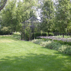 Traditional  by Western DuPage Landscaping, Inc.