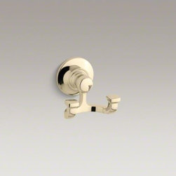 KOHLER - KOHLER Bancroft(R) robe hook - Bancroft accessories capture the elegance of early 1900s American design with their traditional and enduring style. This unique robe hook provides convenient storage while lending a classic touch to the bathroom.