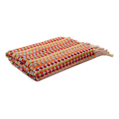 """Turkish Dot Oversized Bath Towel - The words """"oversized"""" and """"towel"""" go hand in hand. After a long relaxing shower, envelope yourself in this luxurious Turkish towel with hand-tied fringe."""