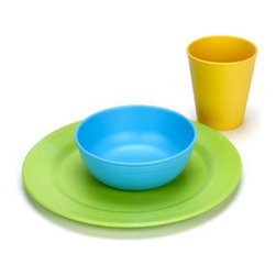 Green Toys - Green Toys Green Eats Tabletop Set , 3 Pieces - Set the table in the safest, greenest way possible for your kids with the Green Toys Green Eats Tabletop Set! Crafted out of fibers sourced from recycled milk jugs, the tabletop set has a tiny eco footprint.