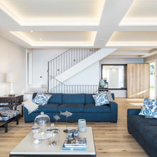 Beach Style Living Room by PWG Constructions Pty Ltd