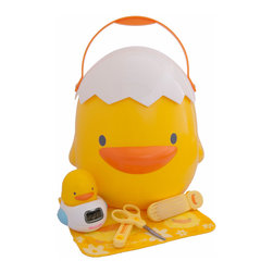 Piyo Piyo USA - Bathing Baby Gift Set - All packaged in the adorable, multifunctional Piyo Piyo Storage Case, the Piyo Piyo Bathing Baby Gift Set contains all the essentials to ensure bath time is a safe and enjoyable experience.