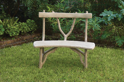 traditional outdoor stools and benches by https://www.charlestongardens.com