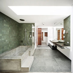 Prahran-House-6-Bathroom-Interior-Wall-Tiles.jpg