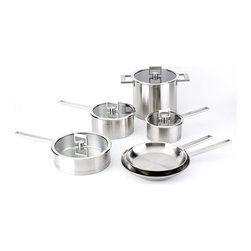 """Cristel - Cristel Strate L Fix Brushed Stainless 10 Piece Cookware Set - The base is made out of an alloy of stainless steel and aluminum. The heat is simultaneously spread over the whole surface of the base and sides. For gentle, economic cooking with no risk of sticking and protecting all the nutritional qualities of food. Multicooking: suitable for all cooking cooktops; can also be placed on the oven (with or without the lid). Brushed Finish. Dishwasher safe.. This set includes:    (01) Cristel Strate Fixe Brushed Stainless Sauce Pan With Lid 1.69-qt.    (01) Cristel Strate Fixe Brushed Stainless Sauce Pan with Lid 3.06-qt.    (01) Cristel Strate Fixe Brushed Stainless Frying Pan 9.45""""    (01) Cristel Strate Fixe Brushed Stainless Frying Pan 11.02""""    (01) Cristel Strate Fixe Brushed Stainless Sauce Pan With Flat Glass Lid 3.49-qt.    (01) Cristel Strate Fixe Brushed Stainless  Stockpot With Glass Flat Lid 7.61-qt. Made in France."""