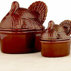 Turkey Serving Dishes - Don't leave your side dishes out of the turkey talk! Mound up your stuffing and mashed potatoes in these domed, covered serving dishes. They're pretty enough to pass around the table.