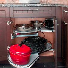 Traditional Kitchen Cabinetry by GRANDIOR KITCHEN & BATH