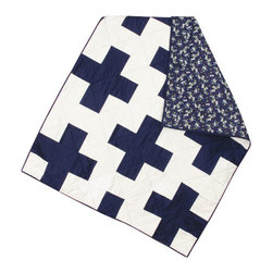 abbey's house - Baby quilt-Plus sign - This quilt is made with white and navy blue squares to make a plus sign pattern. Each fabric has a light satin look that adds a soft feel and a touch of elegance. The floral on the back is a beautiful match and makes this quilt modern and classy. Perfect size to wrap up your baby or use as a play mat.