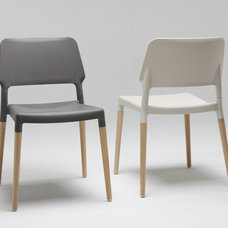 modern chairs by 2Modern