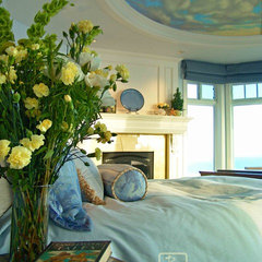 traditional bedroom by Maraya Interior Design