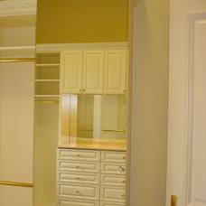 Modern Closet Organizers by The Closet Company