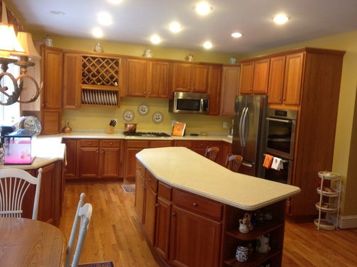Kitchen Cabinets But My Colonial Home Has Cherry Cabinets Should