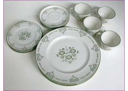 dinnerware by vintageswank