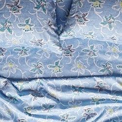 Anthropologie - Dara Sheet Set - *Set includes one flat sheet, one fitted sheet, and two standard pillowcases