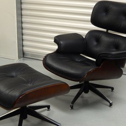 Eames Style Lounge Chair - The Eames Lounge Chair and Ottoman are instantly recognizable as mid-century classics—authentic, timeless designs as comfortable today as when they first appeared in 1956. This lovely reproduction is exceptionally made and reflects nearly each and every detail of the esteemed original. This piece will compliment the most discriminating of rooms for any mid-century modern enthusiast.