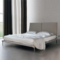 Cattelan Italia | Maverick Bed -