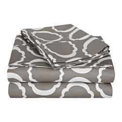 600 Thread Count Cal - King Sheet Set Cotton Rich Scroll Park - Grey/White - Brighten up your home with this sheet set from the Scroll Park Collection. Featuring a modern redesign of an ancient symbol, an emblem of positive energy, this sheet set will make you feel like you're surrounded by pure positivity. Set includes One Flat Sheet 108x102, One Fitted Sheet 72x84 and Two Pillowcases 20x40 each.