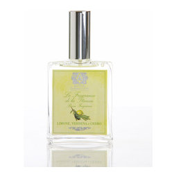 Lemon, Verbena & Cedar Room Spray 100 ml. - It's the work of moments to create an air of welcoming cleanliness in an airy kitchen, in the bath, or in the guest room with Lemon, Verbena, and Cedar Room Spray.  This luxury air and linen splash, which is conveniently and attractively offered in an apothecary-style glass spray bottle, combines citron brightness and the full unisex grandeur of cedarwood with a sweetening herbal influence of verbena.