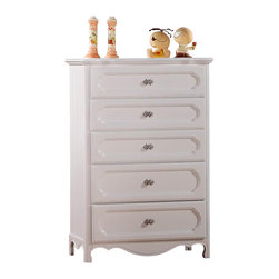 Homelegance - Homelegance Hayley 5 Drawer Kids' Chest in White - Country styling lends itself beautifully to the Hayley collection. Slat paneling is framed on the sleigh headboard and footboard and features an elegant medallion accent on each side. The white finish gives the collection a fresh look perfect for a child's or guest bedroom.