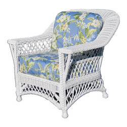 Wicker Paradise - Wicker Chair -Vineyard - The wicker chair in the Vineyard collection has wide flat arms and lattice work design. It is simply a classic wicker chair!