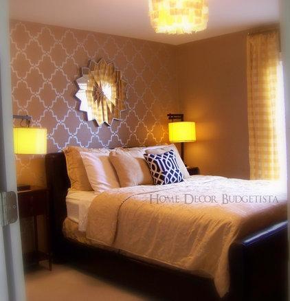 Traditional Bedroom Guest Room