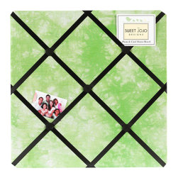 Sweet Jojo Designs - Green Peace Fabric Memo Board - The Green Peace Fabric Memo Board with button detail is a great way to display photos, notes, and postcards on your child's wall. Just slip your mementos behind the grosgrain ribbon to create an engaging piece of original wall art. This adorable memo board by Sweet Jojo Designs is the perfect accessory for the matching children's bedding set.The Green Peace Fabric Memo Board is 14in. x 14in. and comes with metal hangers on the back for easy hanging on the wall.